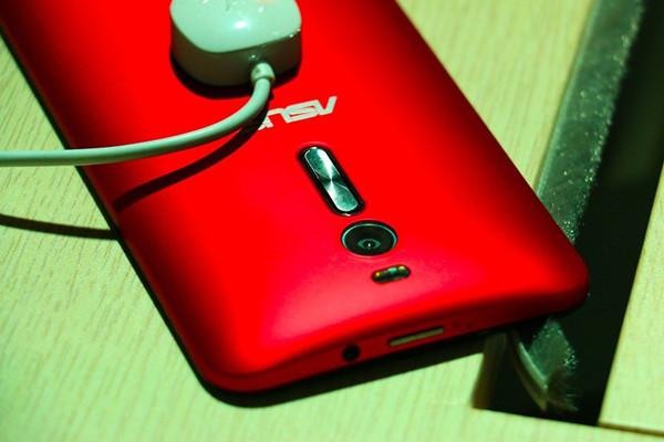 4GB内存bet36最新体育备用网址_bet36体育官网网址_bet36体育在线平台 华硕ZenFone2发布