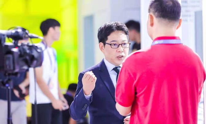 "OPPO吴强:5G争当""奥运冠军"" 普及5G""全民健身""也不会落下"
